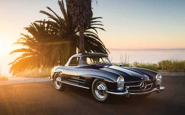 Invest: 1960 Mercedes-Benz 300SL Roadster