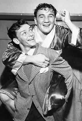 With American boxing champion Tami Mauriello in 1943.