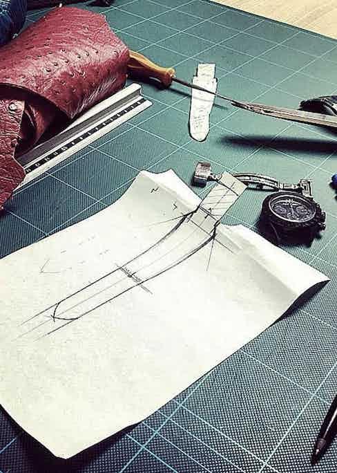 A rough sketch of a Huitcinq 1988 watch strap.
