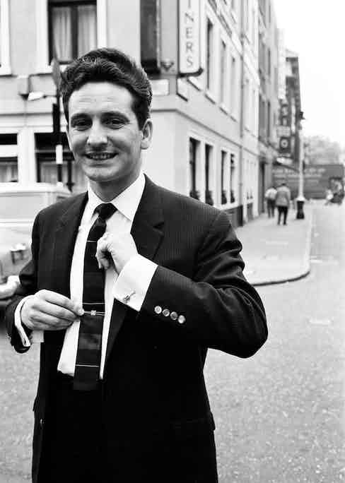 Singer Lonnie Donegan had a clean cut and sophisticated aesthetic, as seen here in 1960. Photograph by Trinity Mirror/Mirrorpix/AlamyStock Photo.