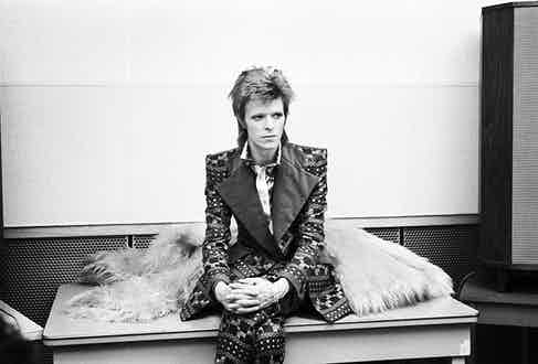 David Bowie poses for a portrait shot at RCA Studios, New York, 1973. Photograph by David Gahr.