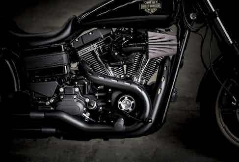 The Low Rider S features a 110 cubic inch Screamin' Eagle motor replete with an open element air filter.