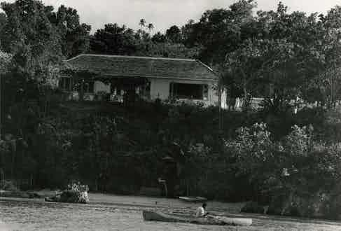 'Goldeneye', on the northern coastline of Jamaica. Fleming purchased a patch of land of 15 acres adjacent to the renowned Golden Clouds estate in 1946 and built his home on the edge of a cliff overlooking a private beach.