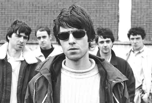 Oasis in Glasgow, 1994. Photo by Steve Double.