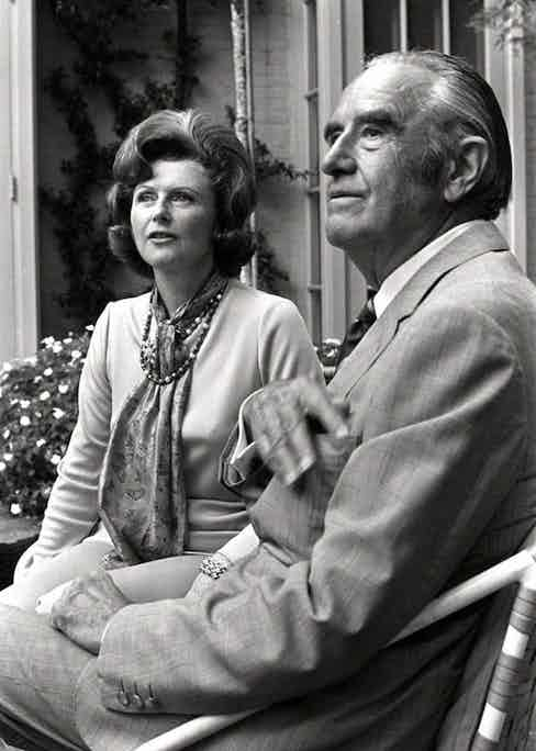 Pamela later divorced Randolph Churchill and married the American Democratic politician Averill Harriman and was a prominent supporter of the Democratic Party for many years.
