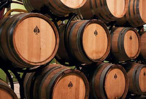 The dosage ageing in oak barrels.