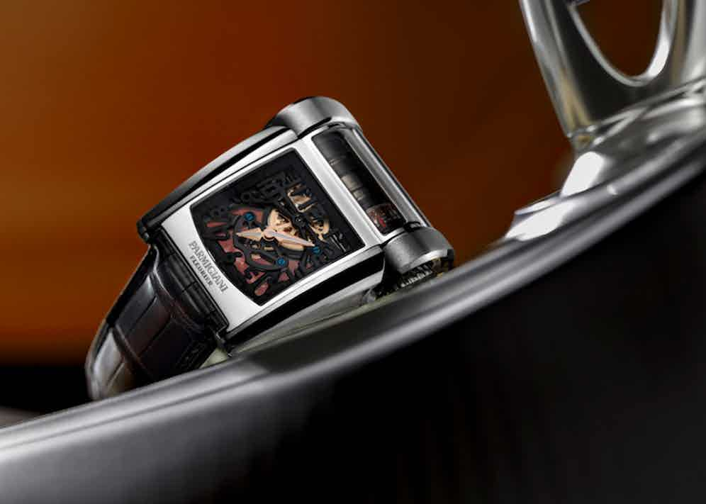 The Type 390's case is constructed from 18k white gold.