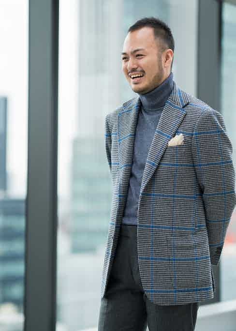 Ring Jacket Retail Assistant Mizobata.