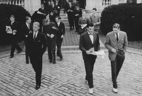 Students of Yale in the 1960s exemplifying Ivy League style.