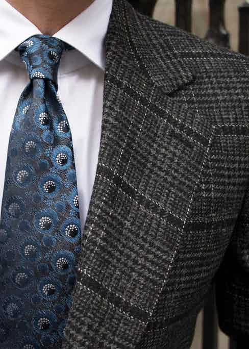 The fabric of this Charvet tie is from the '70s.