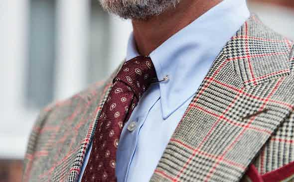 Rakish Transitions: A Guide to Shirt and Tie Combinations