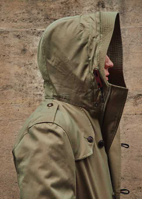 With the hood up, you can see that the Helvellyn still maintains the iconic details from the trench coat, including shoulder epauletes and a gun flap.