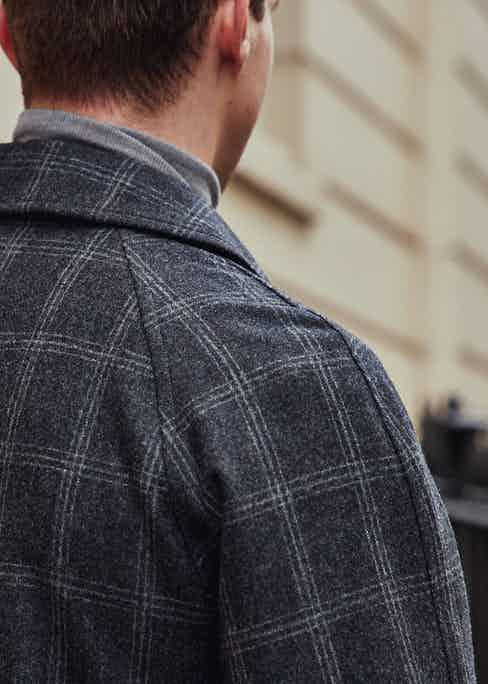 The Cavendish coat in Vitale Barberis Canonico flannel features a raglan sleeve for extra comfort and mobility when worn with tailoring.