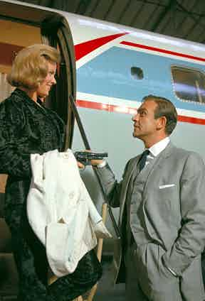Honor Blackman and Sean Connery.