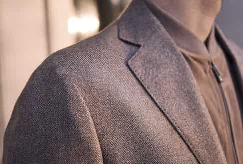 The jacket is fitted with a soft shoulder and due to the choice of cloth it drapes beautifully. Photo by James Munro.