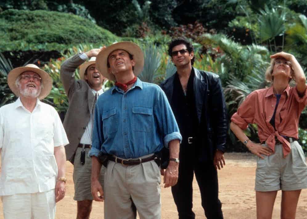 Richard Attenborough, Martin Ferrero, Sam Neil, Jeff Goldblum and Laura Dern in Jurassic Park (1993).