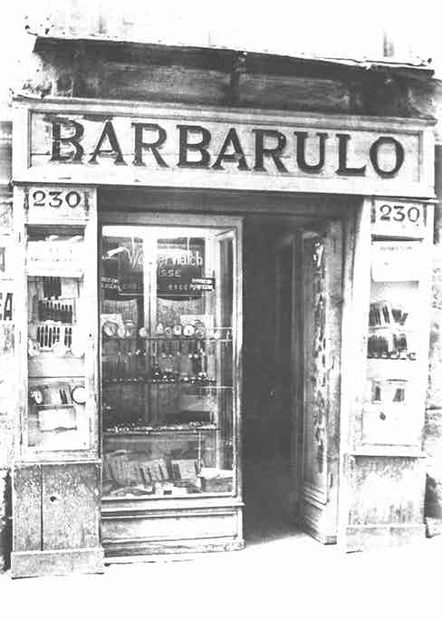 A photograph of the original Babarulo storefront in Naples' old town, which dates back to the early 1900s.