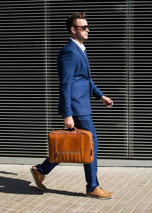A Temporary Forevers bag is practical and stylish: perfect for businessmen with an active lifestyle.