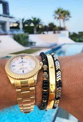 Nialaya jewellery will put a more relaxed and playful accent on your most luxurious designer watch.