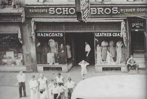 The Schott factory shop in the 1930s.