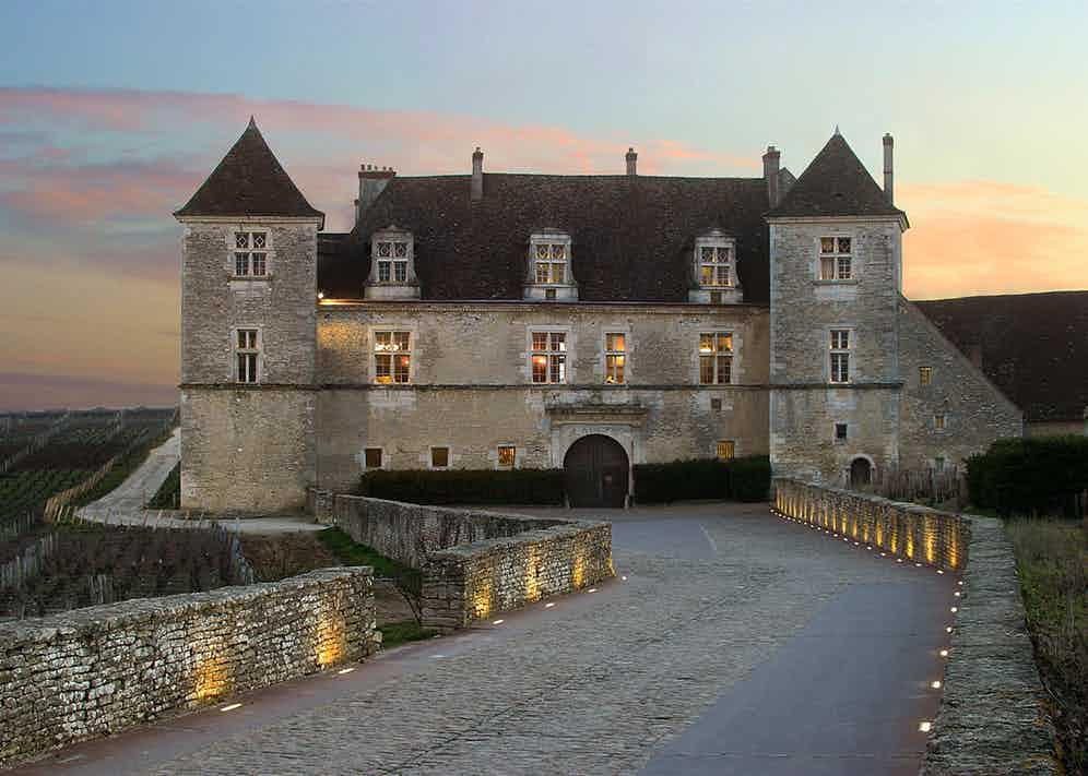 The Château du Clos Vougeot hosts a black-tie dinner on the Saturday evening of the auction weekend.