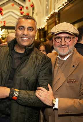 Carlos Rosillo with a happy Bell & Ross fan.