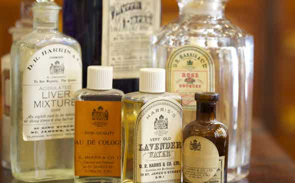 D.R. Harris: 18th Century Grooming Secrets