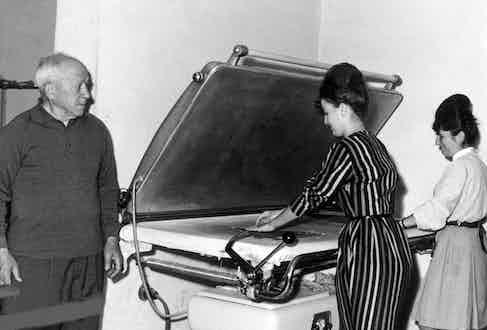Gran Sasso's ironing department in 1962.