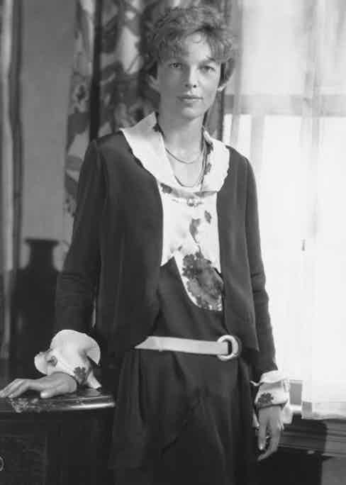 UNITED STATES - NOVEMBER 03:  Washington Dc, Carlton Hotel. Portrait Study Of Amelia Earhart In November 1928. The First Woman To Cross The Atlantic Ocean By Airplane  (Photo by Keystone-France/Gamma-Keystone via Getty Images)