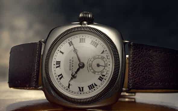 HOW SELF-WINDING WATCHES WORK