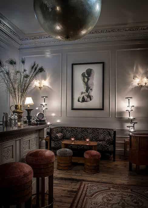 Elsa's Bar, The Fife Arms.