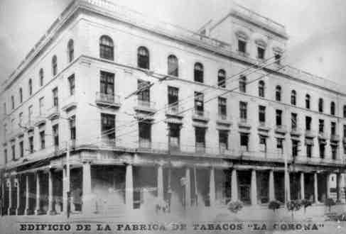 La Corona, the factory where Eduardo Rivera was working before he was entrusted with the responsibility of rolling Castro's cigars. (Photo by The Print Collector/Print Collector/Getty Images)