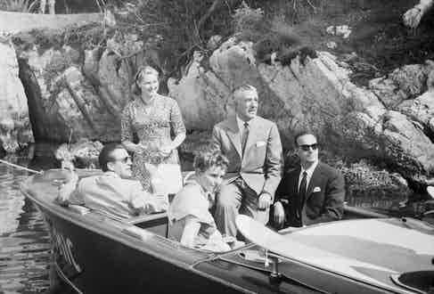 In good company De Sica (second from right) on a speedboat tour in Cannes, France, with Ingrid Bergman, Cannes Film Festival Director General Robert Favre Le Bret and fellow director Roberto Rossellini,1956. (Photo courtesy of Getty).