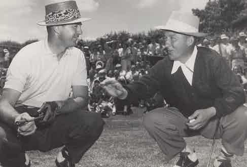Bing Crosby with Sam Snead at the golf course in Washington D.C. 1949. (Photo courtesy of Alamy)