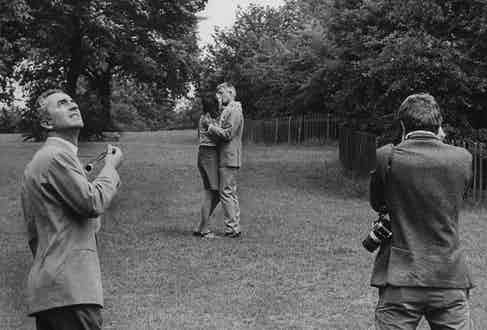 """Vanessa Redgrave and David Hemmings are directed by Michelangelo Antonioni druing the filming of """"Blow up"""".  (Photo by Terence Spencer/The LIFE Images Collection via Getty Images/Getty Images)"""