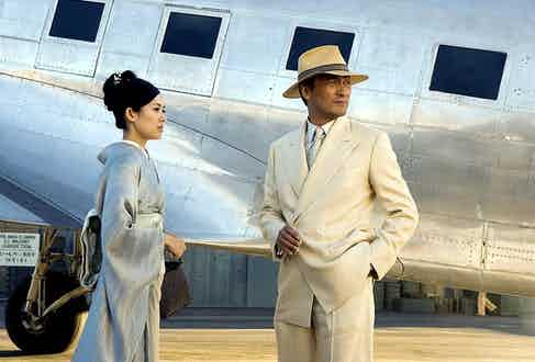 Ken Watanabe in the 2005 film Memoirs of a Geisha, proving he knows his way around a cream linen DB suit (Photo 12 / Alamy Stock Photo)
