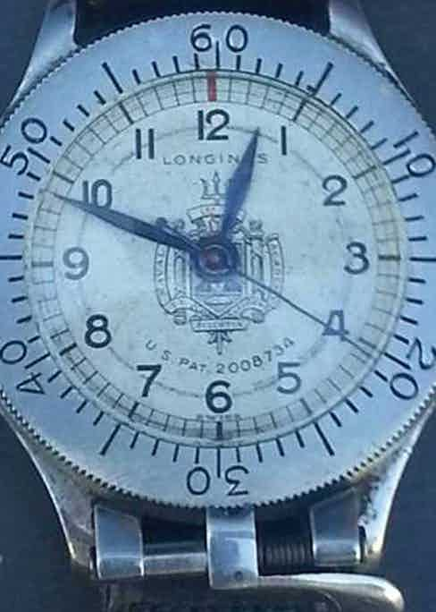 Vintage Longines Weems Second-Setting US Naval Academy bottom lock watch featuring the US Patent number on the dial (Image courtesy MWR Forum user: rojda)