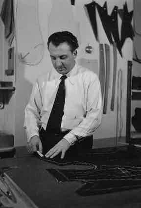 Arturo Cifonelli at his workshop.