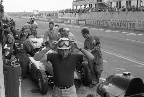 Alfonso de Portago, Ferrari D50, Grand Prix of France, Reims-Gueux, 01 July, 1956. (Photo by Bernard Cahier/Getty Images)