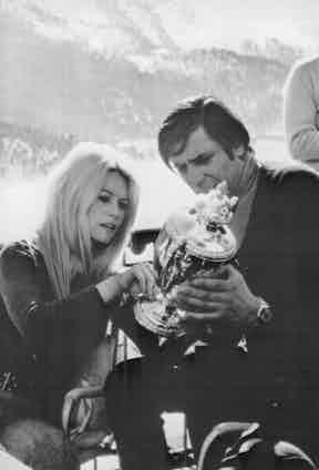Gunter Sachs and Brigitte Bardot (Photo by ullstein bild/ullstein bild via Getty Images)