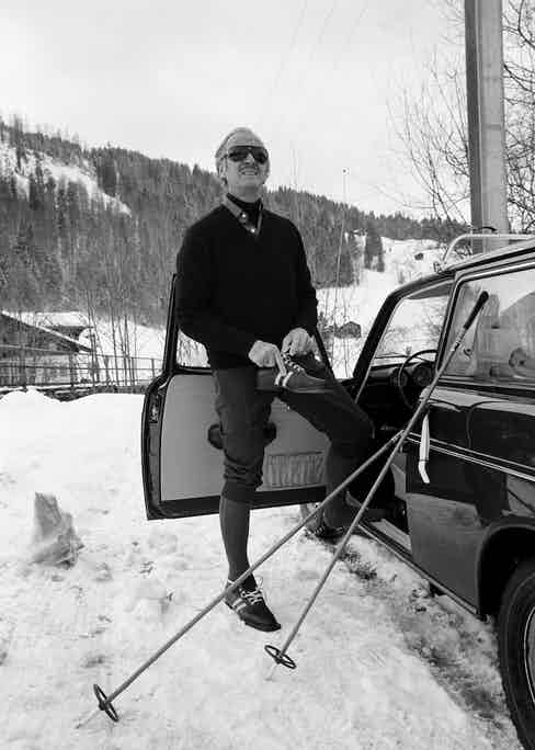 David Niven getting ready to ski (Photo by Bertrand LAFORET/Gamma-Rapho via Getty Images)