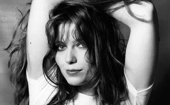 THE CONQUERING HEROINE: Bebe Buell