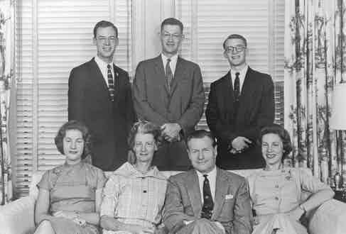 Nelson Rockefeller photographed in 1961 with his first wife, Mary Todhunter Clark, and their five children (Photo by Keystone/Hulton Archive/Getty Images)