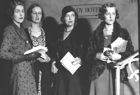 Debutante Programme Sellers L-r: Miss Hutchinson Miss Dudley Ward Lady Honor Guinness And Miss Teresa Jungman (Photo by ANL/REX/Shutterstock (4854022a)