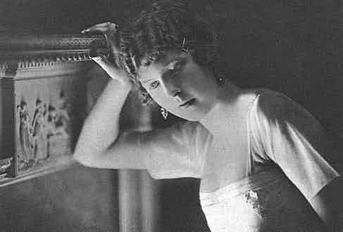 Nancy Cunard (Photo by Historia/REX/Shutterstock (7665082jt)