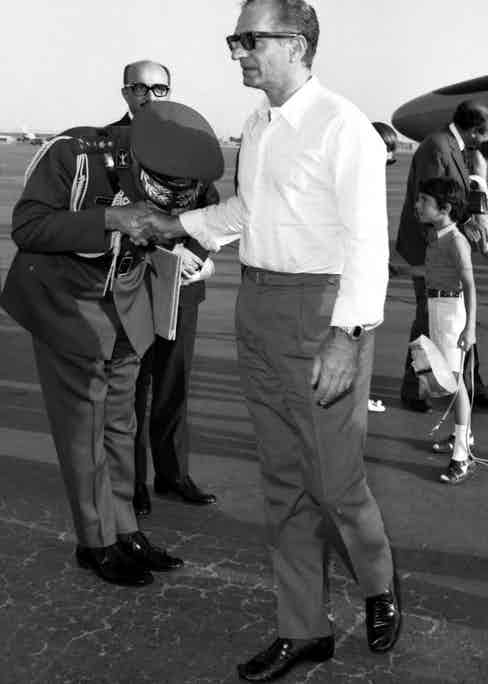 A military man pays respect to the Shah, circa early 1970s Photo by Sipa Press/REX/Shutterstock (848246t)