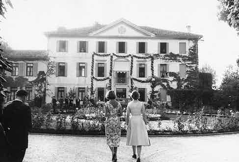 The Villa Papadopoli 'Marocco', the country residence of the Fürstenbergs in Venice, during the wedding of Ira and Alfonso