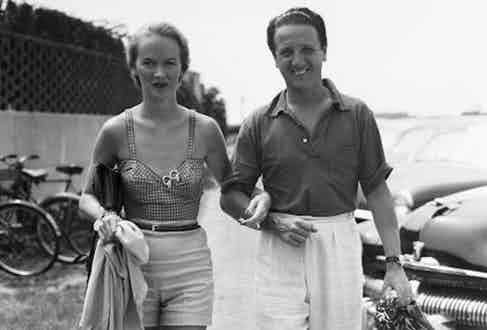 Mr. and Mrs. Igor Cassini in Southampton, N.Y. in 1954 (Photo by Bert Morgan/Getty Images)