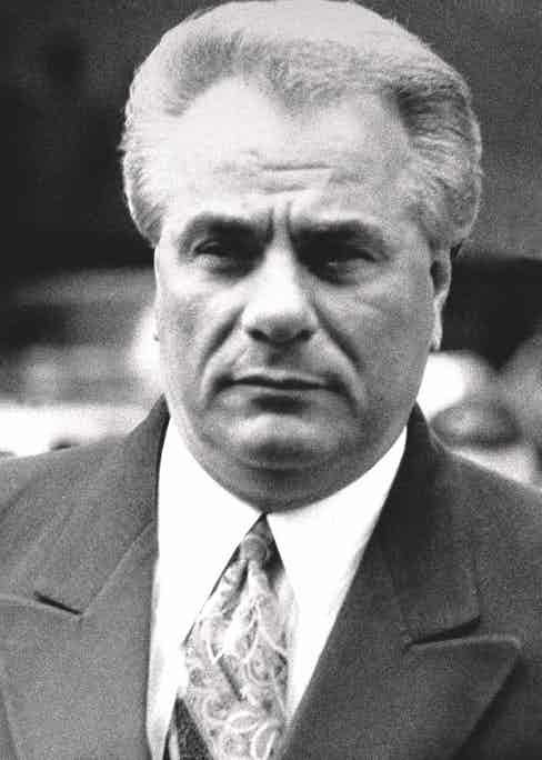 Gotti arriving at Manhattan Supreme Court on trial for assaulting a carpenter's union official, 1986 (Photo by Willie Anderson/NY Daily News Archive via Getty Images)