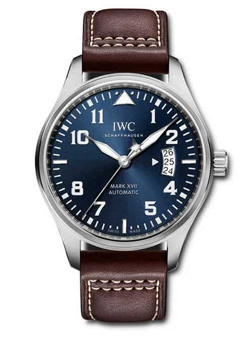 The Le Petit Prince models made their way into the Pilot's collection in 2013. The very first model, reference IW326506, was based on the Mark XVII time-only Pilot's watch.